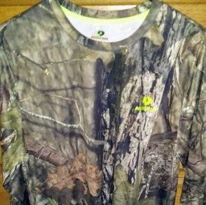 Mens Mossy Oak Camoflauge Deer Hunting Shirt
